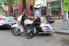 02.MPDC.14P.NW.WDC.21June2016 (Elvert Barnes) Tags: washingtondc dc cops streetphotography police logancircle mpd pstreet 2016 mpdc motorcyclecops logancirclewashingtondc logancircleneighborhood pstreetnwwashingtondc logancircleneighborhoodwashingtondc metropolitanpolicedepartmentofthedistrictofcolumbia 1400blockofpstreetnwwashingtondc streetphotography2016 logancircleneighborhood2016 logancircle2016 logancircleneighborhoodwdc2016 mpd2016 cops2016 police2016 mpdc2016 motorcyclecops2016 pstreet2016 pstreetnwwdc2016