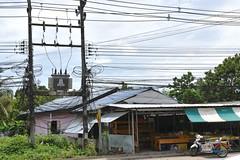 _DSC0941 (lnewman333) Tags: sea fruit thailand island seasia southeastasia market wires kohchang kochang gulfofthailand electricalwires