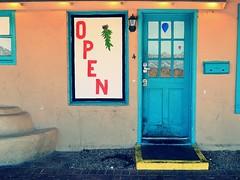 Close (!Claro) Tags: door colour turquoise albuquerque oldtown tr trkis