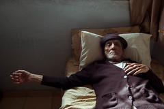 Papa Len 2 (odyaleon) Tags: family sunset portrait color bed venezuela grandfather oldman caracas gran