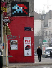 street art & graffiti Brussels - Space Invader (_Kriebel_) Tags: street brussels urban art graffiti belgium belgique mosaic space spaceinvader spaceinvaders belgi bruxelles tiles invader brussel invasion invaders urbain kriebel uploadedviaflickrqcom