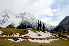 Sonamarg.. (rabidash*) Tags: travel india snow mountains art nature beautiful photography amazing fantastic flickr shot awesome great explore dash excellent kashmir lovely rabi 2012 rabindra himalays sonmarg rabidash eosrebelt2i excxellent rkdash photocontesttnc12 rabidashphotography naturearttnc12