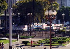 Manifestaes na Praa de Maio (ginasant) Tags: argentina buenosaires plazademayo praademaio