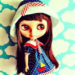 Satine using sailor outfit - blythe