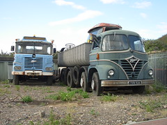 Foden lorries (roger.w800) Tags: truck kent rust cab rusty lorry trucks rusting s21 lorries s20 cliffe foden s41 s36 fodens21 fodens36 fodenofsandbach fodens41