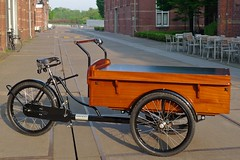 workcycles-classic-bakfiets-large-worksurface-westerpark (@WorkCycles) Tags: holland classic netherlands amsterdam bike bicycle tricycle traditional large westerpark bakfiets worksurface workcycles cargotrike