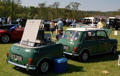MINI AND matching TRAILER (dav.munro) Tags: sun green vintage austin sunday match matching trailer coopers today btr 260b crathescastlevintagerally2012