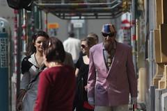 An interesting pair walking down the street in Vienna, Austria (Hazboy) Tags: vienna wien austria oostenrijk europa europe viena vienne wenen østrig rakousko австрия bécs vídeň hazboy вена hazboy1 hazboyeuro lautriche
