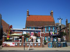 The Marine (LookaroundAnne) Tags: seaside pub jubilee norfolk yarmouth seafront greatyarmouth bunting publichouse themarine
