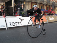 Smithfield Nocturne 2012 (132)r (Funny Cyclist) Tags: london bike bicycle club race cycling cycle penny veteran smithfield nocturne pennyfarthing 2012 ordinary vcc londonist