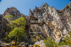 CO_Chapada0182 (Visit Brasil) Tags: travel brazil tourism nature horizontal brasil lago natureza unesco adventure árvore chapada cavalcante ecoturismo vegetação ecotourism semgente centrooeste penhascos diurna pontedepedra visitbrasil