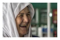 Tajik_woman (alamond) Tags: portrait woman smile scarf canon gold is market teeth 7d l usm tajikistan dushanbe tajik ef mkii markii status prestige 70300 brane llens f456 alamond zalar