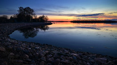 Hietaniemi Dusk (tinamar789) Tags: sunset sea beach dark evening helsinki long exposure dusk seashore hietaniemi