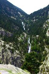 Vall de Nria - Queralbs route (HellaTheViking) Tags: ruta route water agua waterfall montaa mountain senderismo hiking berg nature naturaleza vegetation vegetacin