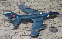1:72 MiG-SK, '14 Yellow' of the 100th Shipborne Fighter Aviation Regiment, Soviet Naval Aviation ( - ; Aviacija vojenno-morskogo flota), Kaspiysk AB (Dagestan region), 1970 (Whif/Kitbashing) (dizzyfugu) Tags: blue red cold star war fighter conversion aircraft aviation navy soviet farmer naval 19 mig 172 fictional gurevich kir mikoyan regiment whatif kitbash modellbau  flota whif   aviacija shipborne kaspiysk dizzyfugu vojennomorskogo