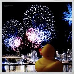 Magic night around the world (Angelo Trapani) Tags: duck viaggio papero fuochidartificio ducktales avventura
