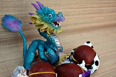 Dragon Eggs!  2/4 (John 3000) Tags: monster toy funny dragon treasure candy chocolate egg capsule kinder surprise beast choco huevo juguete sorpresa hatching hatchling