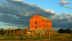 The Old Oxley Flour Mill (phunnyfotos) Tags: light sunset mill rural nikon day driving cloudy farm australia victoria vic 1860s flourmill 1860 photodrive snowroad oxley milawa northeastvictoria kingvalley nikond5100 phunnyfotos