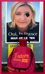 Captain Shopping (Jean-Luc Lopoldi) Tags: panneau fn affiche bandeau lection prsidentielle