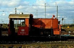 322 602  Kornwestheim  09.01.83 (w. + h. brutzer) Tags: analog train germany deutschland nikon eisenbahn railway zug trains db locomotive 322 lokomotive kornwestheim diesellok eisenbahnen kf dieselloks webru
