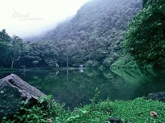 (Telaga warna - بحيرة الألوان (تيلاجا وارنا