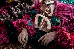 Festival des Masques de Dédougou, Burkina Faso (anthony pappone photography) Tags: africa travel art festival canon dance artist mask straw masks westafrica tribes afrika ethnic masque burkina burkinafaso afrique sahel maschere tribu 非洲 etnico アフリカ festima 아프리카 الساحل whitemasks burkinabe africantribe dedougou африка feathermasks अफ्रीका ブルキナファソ بوركينا فاسو 布基納法索 サヘル 薩赫勒 сахель बुर्किनाफासो буркинафасо fibermasks skinsmasks masquespeaux masquesdepaille masquesdefibres