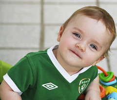 Rafael looking Irish! (Explore 12/06/2012) (mara zocolotte) Tags: portrait cute angel children u2 happy one babies little rafael feliz surpresa foryou mothersday anjo 2012 diadasmaes diaespecial umanjo mygearandme rememberthatmomentlevel1 likeairish