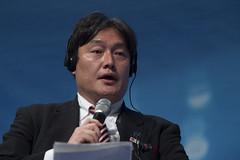 Osamu Yoshida gives a speech