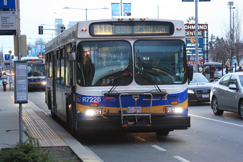 7226: 410 22nd St Station Via Fraserwood