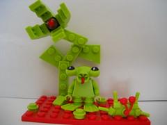 O Green World (gorillazavatar) Tags: lego custom minifigure