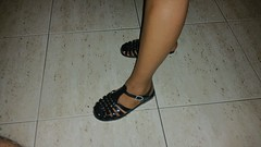 Black jellies. #jellyshoes (ARTHENTIC) Tags: jellies footfetish sexylegs jellyshoes sexyfeet