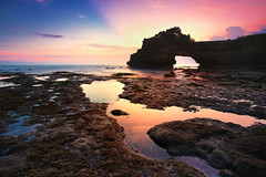 Batu Bolong, Bali (KembaraAlam) Tags: longexposure sunset sea bali seascape reflection rock stone canon indonesia landscape photography asia ray outdoor dusk wave explore photohunt tanahlot phototrip discover phototravel singhray leefilter batubolong canonasia kembaraalam