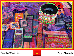 Bac Ha Weaving (vicbrasil) Tags: people vietnam hanoi weaving sapa hilltribe cuong hoalu bacha northeastregion northwestregion redriverdeltaregion
