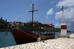 Tourist boat (Vojinovic_Marko) Tags: travel sea water port boat dock nikon hellas greece vehicle sivota ioniansea ionian syvota touristboat  grka   jonskomore d7200 nikond7200