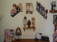 bedroom 6-16 a (TrueFan) Tags: family kids butterfly doll dolls dal lila lazy rosemary isabel soom shelves mystic angelicpretty dollmore leeke a lukia ddung dollydarling delilahnoir monsterhigh linachouchou