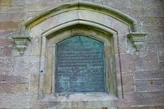 Barnweil Monument, Ayrshire. Rear Information Plaque. (Phineas Redux) Tags: scotland ayrshire sirwilliamwallace scottishmonuments ayrshirescenes barnweilmonumentayrshire