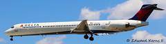 N901DA (Edward Kerns II) Tags: flight deltaairlines md90 2325 kbwi n901da