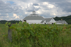 Round Barn, Ghent, NY (rochpaul5) Tags: sky white ny clouds barn upstate columbia weiss