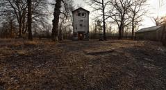 Le village : L'église (www.michelconrad.fr) Tags: camp photoshop canon eos village tag abandon maison 1022mm militaire 1022 lightroom levillage efs1022mmf3545usm 60d eos60d