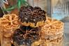 Flores Fritas (con Azúcar y Chocolate) (Dr_Moriarty) Tags: españa spain chocolate sugar bakery segovia pastry 2012 azúcar pastelería hojuelas friedflowers limónymenta floresfritas