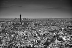 Paris (romvi) Tags: city bw paris france streets architecture buildings blackwhite nikon europe cityscape noiretblanc eiffeltower ladefense nb roofs toureiffel villa monuments rues romain dri hdr lesinvalides ville hdri avenues toits domedesinvalides batiments boulevards d700 parisroofs romainvilla romvi