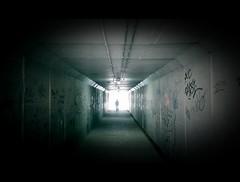 Salir del tunel (Manel Cantarero) Tags: tunnel salida tunel manel cantarero