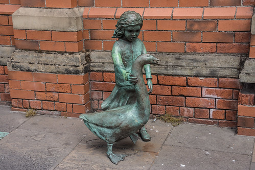 'Alec the Goose And Friend' - A sculpture by Gordon Muir, outside St George's Market (Belfast)