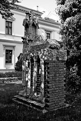 jnowak64 (jnowak64) Tags: bw poland polska krakow cracow mik wiosna malopolska architektura ogrod krakoff fragmentbazylikimarjackiej