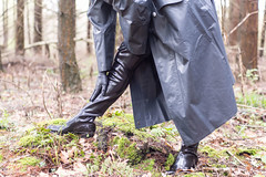 5DA06470_RSG_Klepper_zweireihig_kl (helani44) Tags: outdoor gummistiefel kleppermantel gummimantel gummhandschuhe milttrmantel