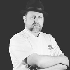 Chef Adrin Herrera  @chefherrera  se form de manera autodidacta. Se gan el titulo de loco antes que el de chef, pero quienes probaron sus platillos supieron que estaban ante un artista. Y no se equivocaban. Antes de interesarse por la gastronoma, tuvo (sergionovelo) Tags: moon square squareformat iphoneography instagramapp uploaded:by=instagram