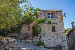 Eus - Maison du village (Carrer de  Mossen Fourquet) (jpdelalune) Tags: france eus pyrnesorientales lesplusbeauxvillagesdefrance
