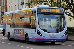 SK63 KNE, Queen Street, Portsmouth, November 9th 2015 (Suburban_Jogger) Tags: travel november autumn bus public canon transport hampshire portsmouth vehicle passenger queenstreet omnibus 2015 route14 60d 47433 firsthampshire wrightstreetlite sk63kne