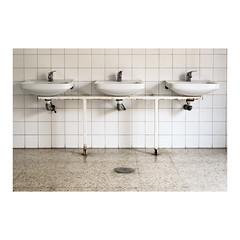 _JLB3833 (joseluisbezos) Tags: azulejos baos lavabos