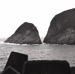High Island Reservoir (WILEHLM) Tags: kodak 400tx hasselblad 120mm hc110b